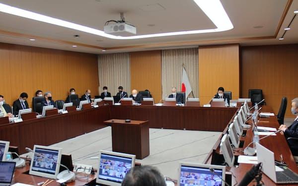 教育再生実行会議高等教育ワーキンググループが開催された(代表撮影)