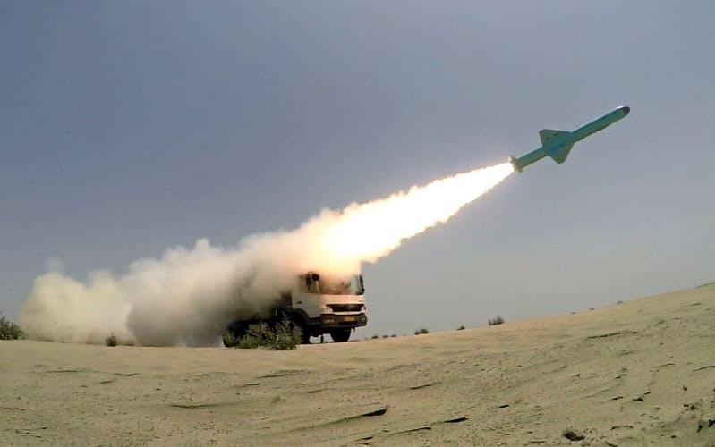 イランは巡航ミサイルの開発などに力を入れている=ロイター