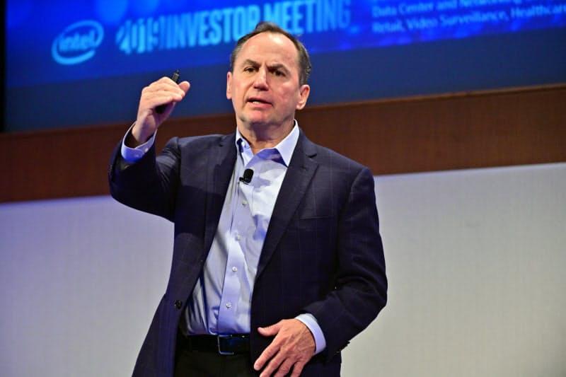 インテルのボブ・スワンCEO(写真)は事業の選別を進めている