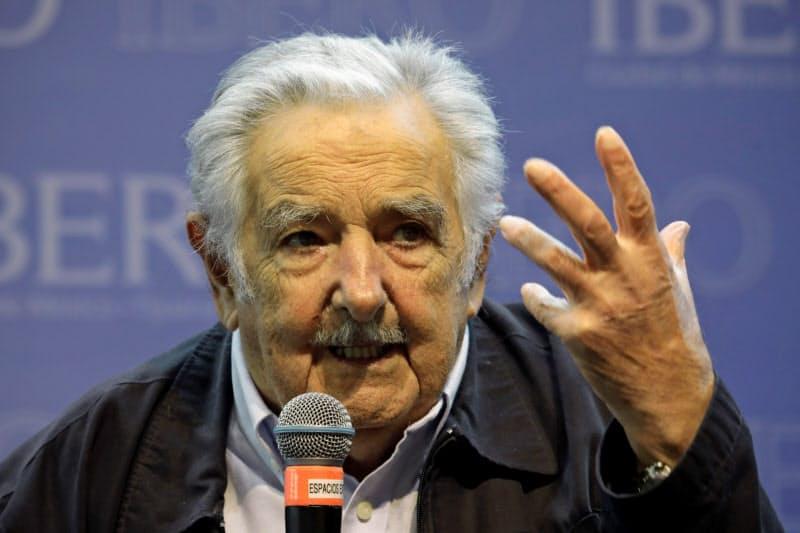 ウルグアイのムヒカ元大統領(19年2月、メキシコシティ)=ロイター