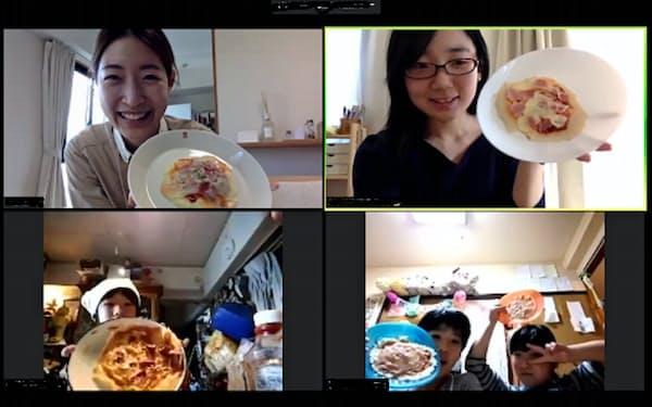 オンラインで子どもたちにピザ作りを教える取り組みも(ラーニングフォーオール提供)