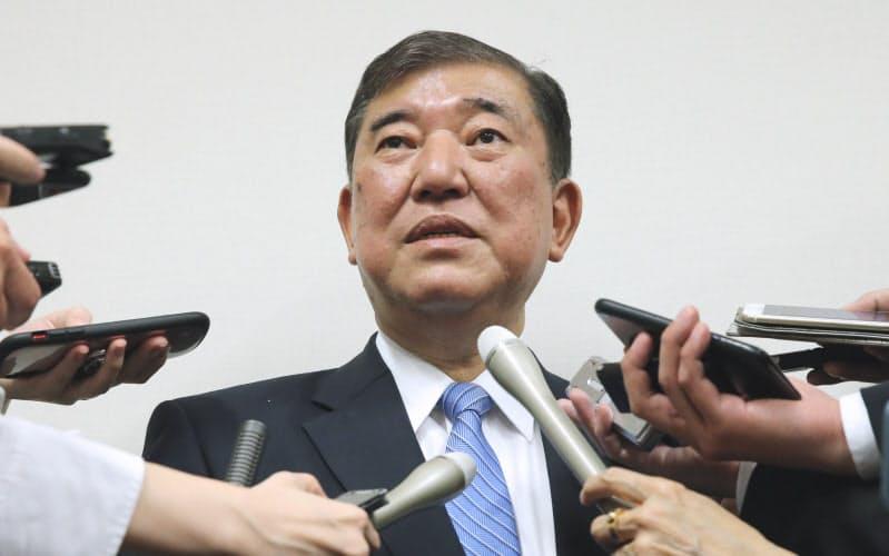 自民・石破氏、派閥会長辞任を表明 総裁選敗北で引責