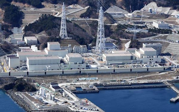東北電力女川原子力発電所(3月、宮城県女川町)