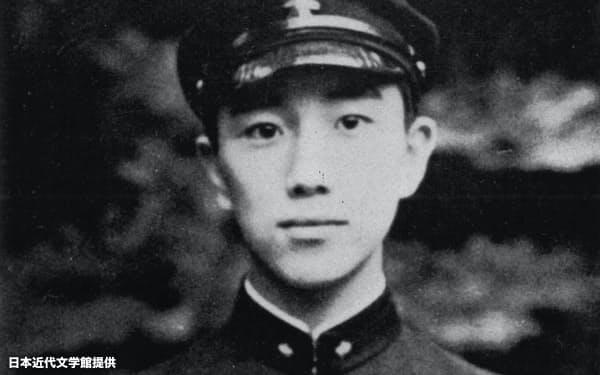 1940年、学習院中等科時代の三島由紀夫=日本近代文学館提供