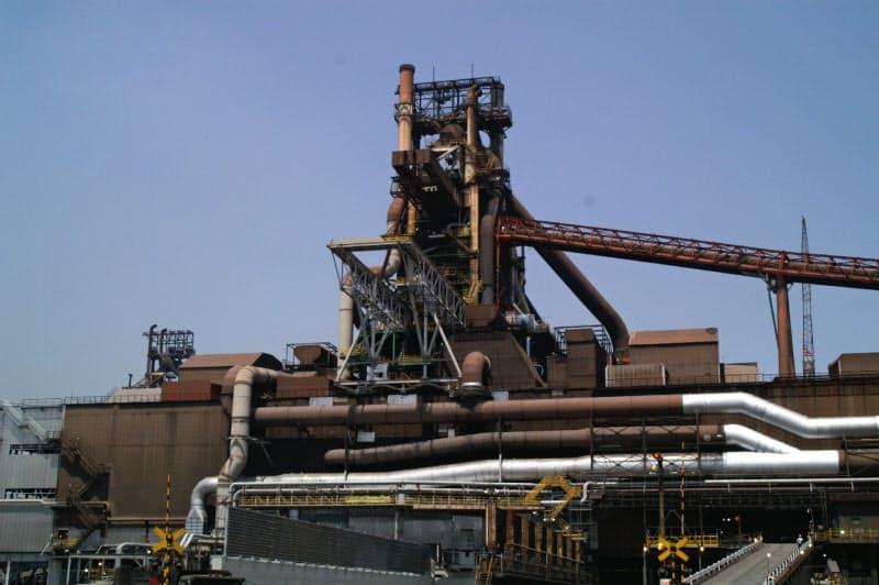 9月に再稼働したJFEの西日本製鉄所福山地区の高炉(広島県福山市)