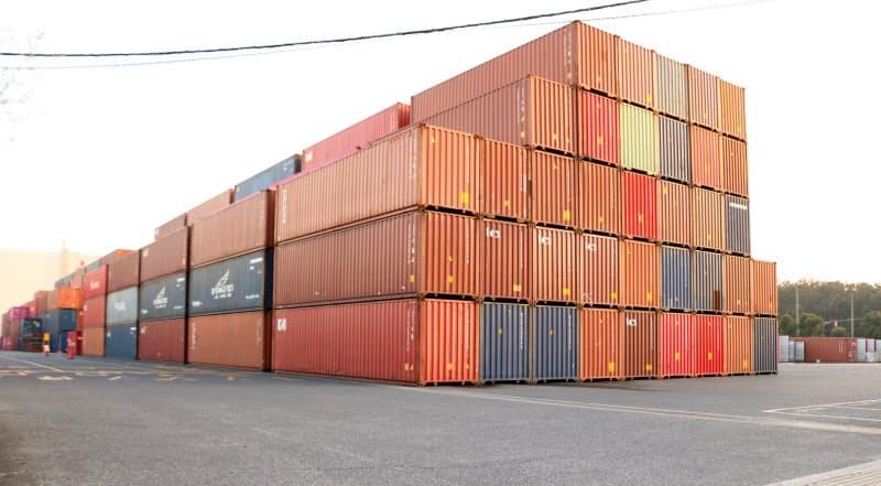 海上輸送用コンテナの需要が世界的に高まっている