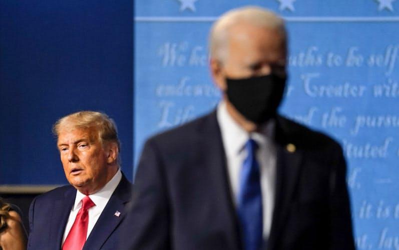民主主義問う10日間 米大統領選、ぶつかる国家像
