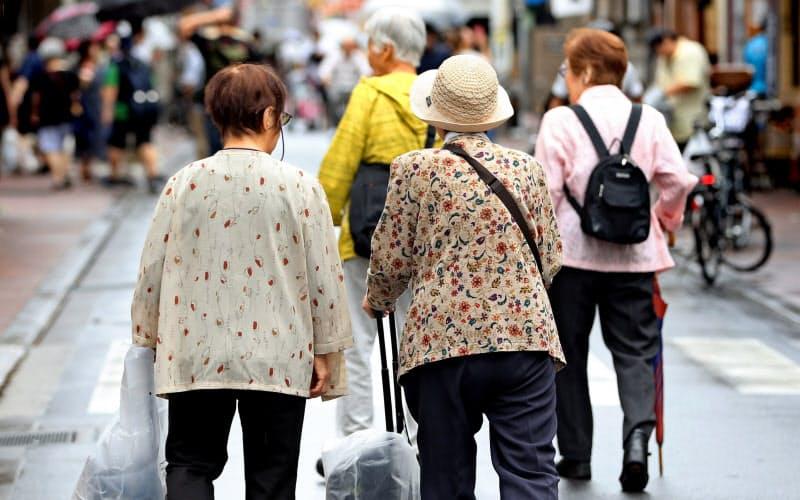 大都市は急速な高齢化など今後多くの課題に直面する