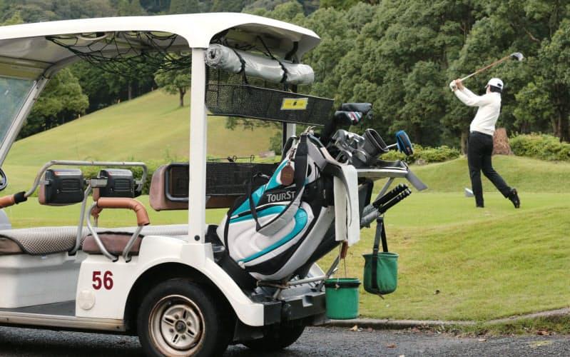 3密避けスポーツの秋 ゴルフやジム、ソロで堪能