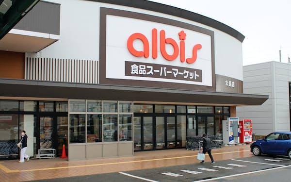 北陸以外での店舗網拡大が経営課題の一つ(富山県射水市の店舗)