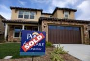 米新築一戸建て住宅販売件数は9月、5カ月ぶりに減少した(売却済みの新築住宅、米カリフォルニア州)=ロイター