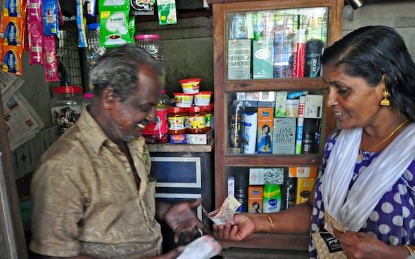 インドの小売りは零細商店が多く、デジタル化が遅れている(南部ケララ州)