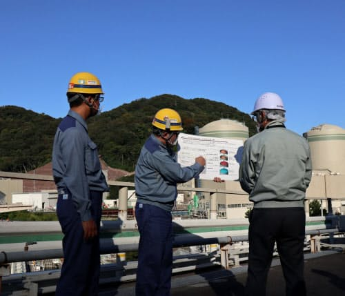 高浜原発1.2号機の安全対策工事の実施状況を視察した