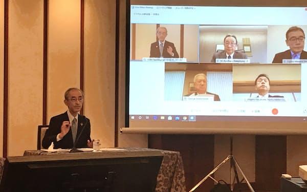 日米財界は、過度な経済安全保障には懸念を示した(会見者は三菱UFJフィナンシャル・グループの平野会長)