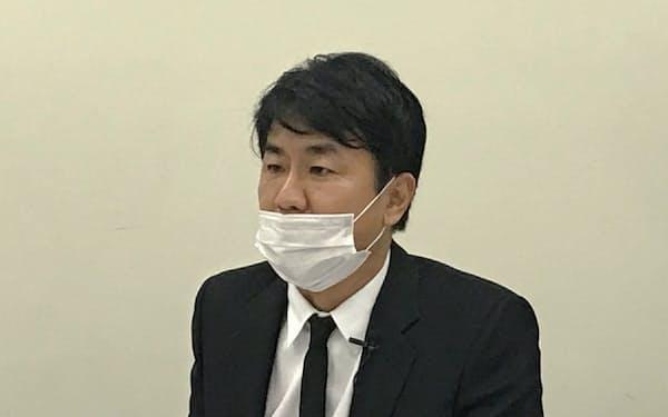 松浦清社長は化粧品以外への進出に意欲をみせた(28日)