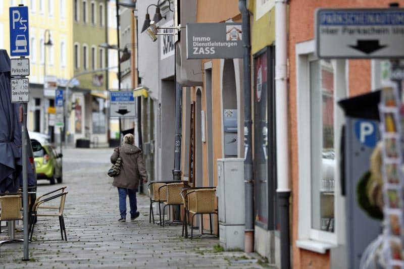 欧州株急落、独4%・英仏3%下げ コロナ拡大懸念で