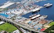 川崎重工業は坂出工場でLPG運搬船などを建造している