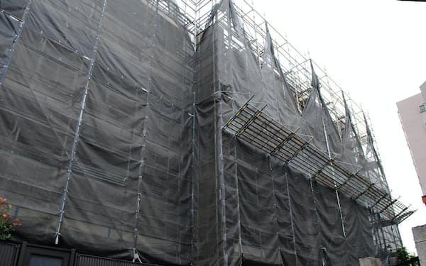 マンションは適切な大規模修繕工事が必要だが、コストは上昇傾向にある