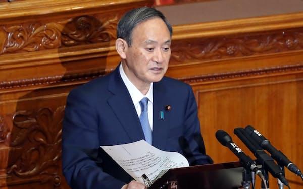参院本会議で公明・山口代表の質問に答える菅首相(30日午前)