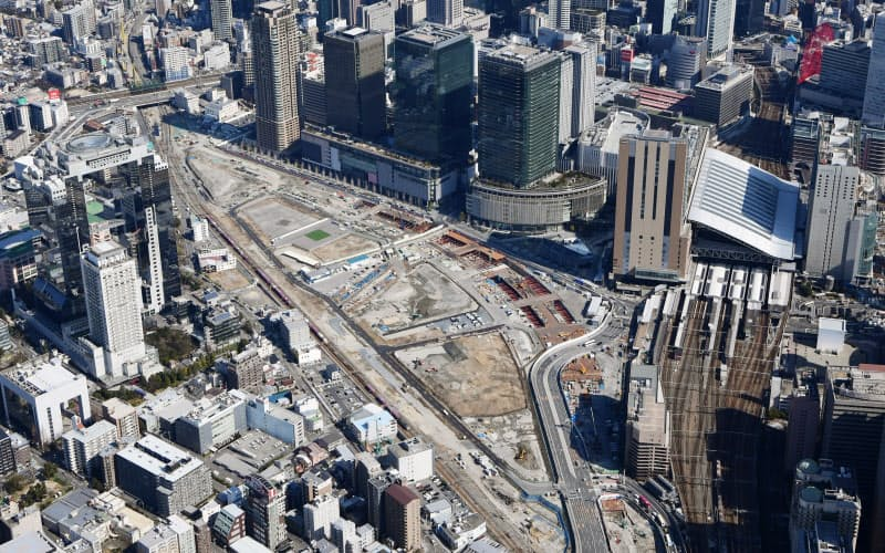 JR大阪駅に隣接した開発中のうめきた2期地区(大阪市)