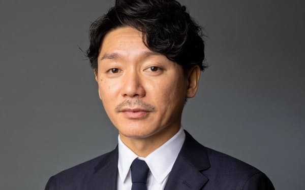 蔵人賢樹氏