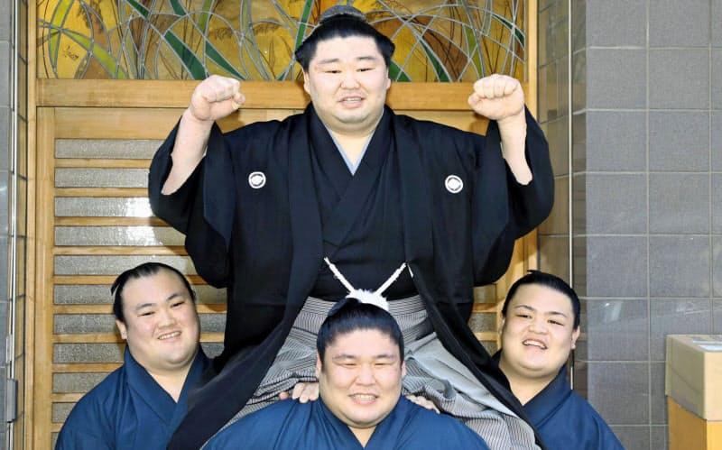 前に出る攻めの相撲が正代の大関昇進をたぐり寄せた(代表撮影)