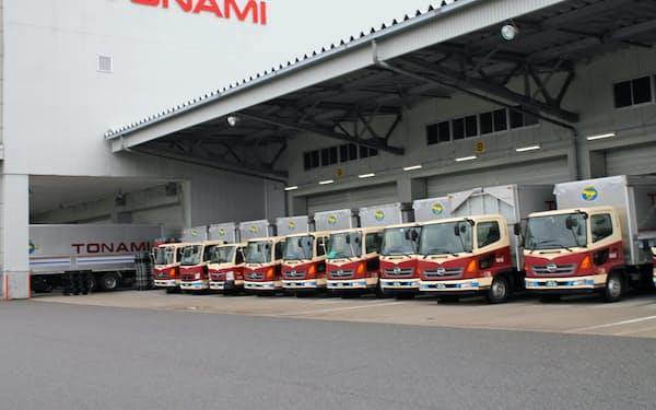 新型コロナの影響で貨物輸送量が減少した(トナミHDグループの拠点、富山市)