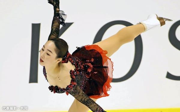 女子フリー 優勝した樋口新葉(7日、小瀬スポーツ公園アイスアリーナ)=代表撮影・共同