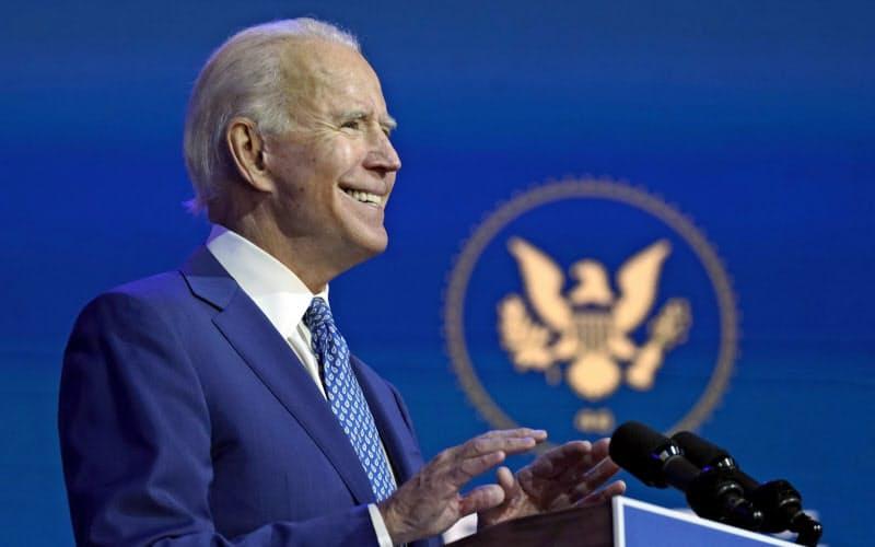 バイデン氏が目に見える形で米国を変えるのは容易ではない。だが、語調や倫理行動が改善されることは、立法並みに大切なことだ=AP