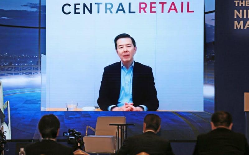 オンラインで講演するセントラル・リテールのヨン・ポカサブCEO(11日午後、東京都千代田区)
