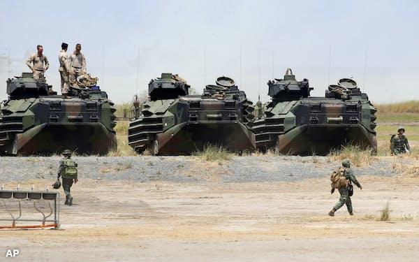 米国とフィリピンが行った合同軍事演習(2019年4月、比北部ザンバレス州)=AP