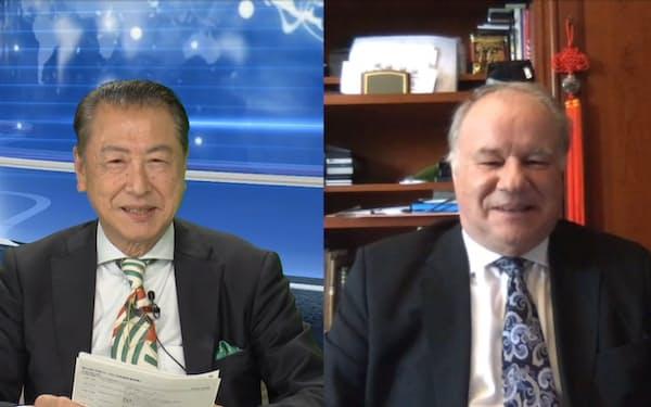 オンラインで対談するIMDのドミニク・テュルパン教授(右)とハーバード・ビジネス・スクールの竹内弘高教授