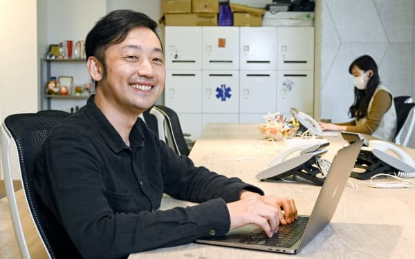 コード・フォー・ジャパン代表理事の関さん。中学時代からの筋金入りのプログラマーだ