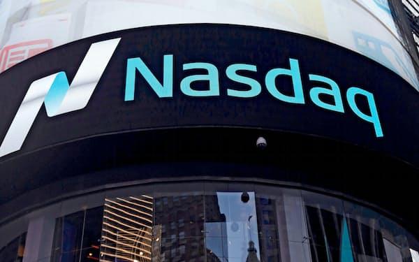 16日はダウ平均だけでなく、ナスダック総合株価指数も上昇した=ロイター
