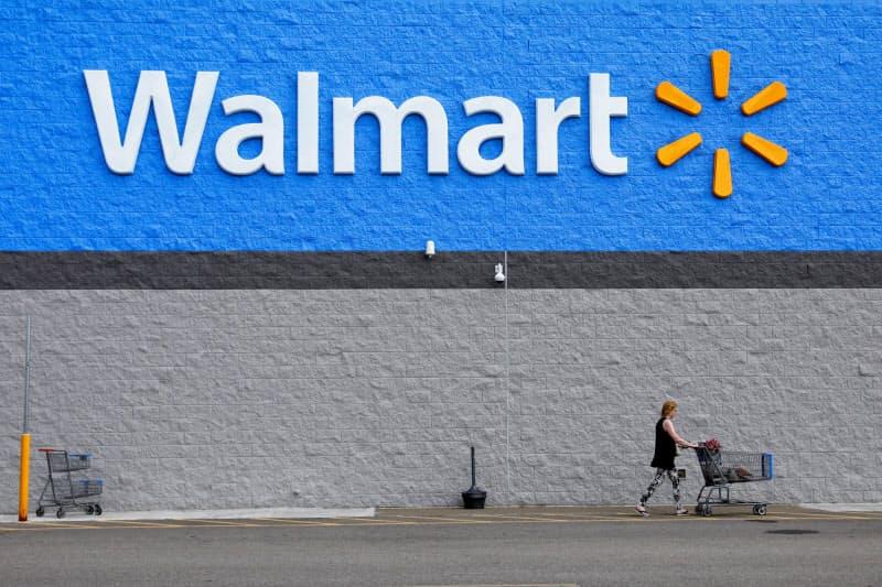 ウォルマートは新型コロナ下でネット通販や宅配の需要が引き続き伸びている=ロイター