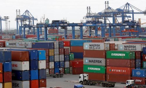 コロナ禍にもかかわらず、ベトナムは輸出が活発だ(ホーチミン市)=ロイター