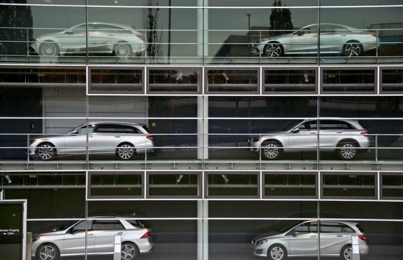 2020年の欧州新車販売は前年比3割近く落ちこみそうだ=ロイター
