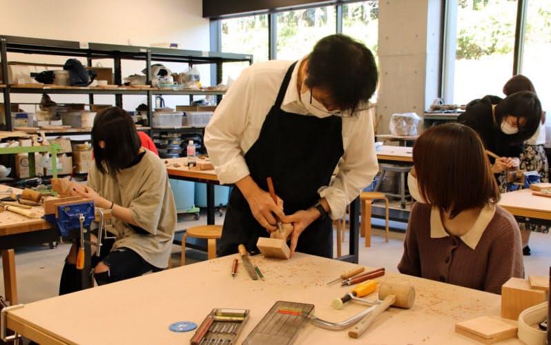 桜美林大は人数制限をしながら対面授業を進める(11月上旬、東京都町田市)