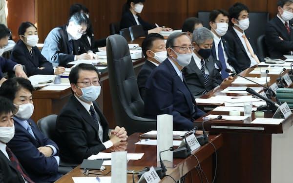 国民投票法などを巡る自由討議が行われた衆院憲法審査会(19日)
