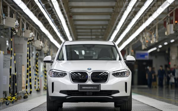 BMWが中国で生産し欧州に輸出するEV「iX3」=同社提供
