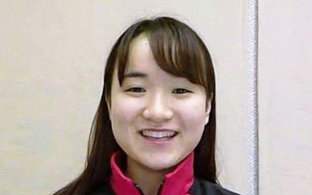 中国から帰国しオンラインで取材に応じる卓球女子の伊藤美誠(24日)=共同
