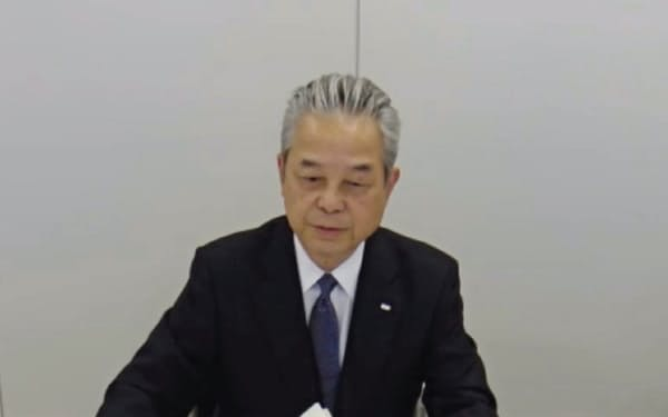 オンラインで記者会見に臨むJERAの小野田社長(25日、都内)