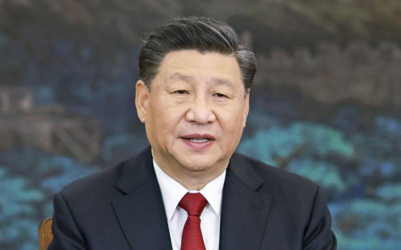 オンラインで開かれたAPEC首脳会議の関連会合で演説する中国の習近平国家主席=19日、北京(新華社=共同)