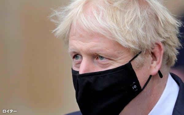 ジョンソン英首相(写真)は、ブレグジットに批判的なBBCの「改革」を訴える=ロイター