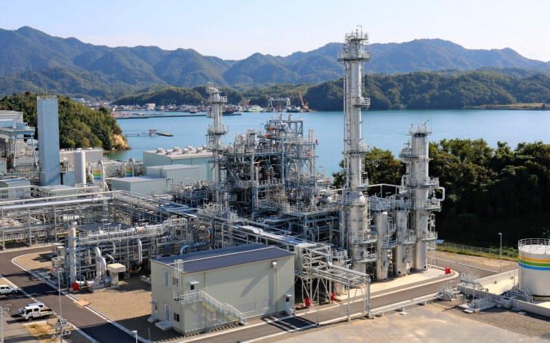 試験を実施する中国電の大崎発電所(広島県大崎上島町)