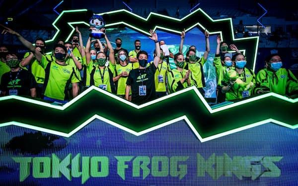 ISLは世界中から300人以上のトップスイマーが集った。北島GM率いる東京フロッグキングスも参戦(C)ISL