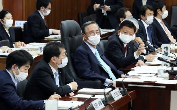 国民投票法改正案が審議された衆院憲法審査会(26日)