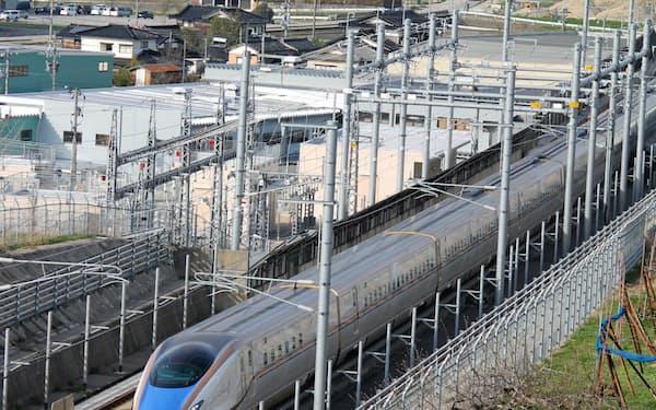北陸新幹線の金沢―敦賀間の延伸工事が遅れている