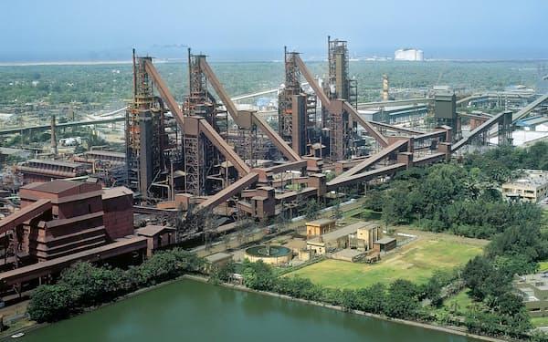 AM/NSインディアは積極投資で規模の拡大を目指す(グジャラート州のハジラ製鉄所)