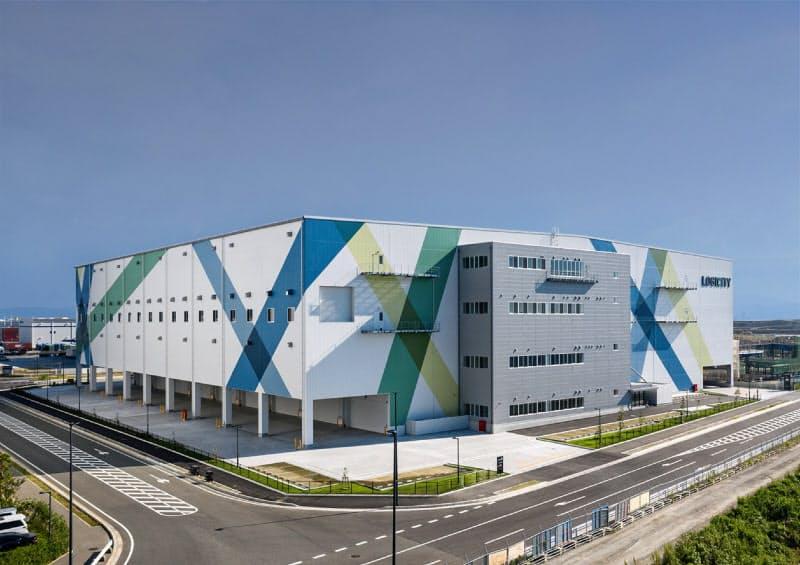 福岡地所が10月に開設した初の物流施設「ロジシティみなと香椎ノース」(福岡市)